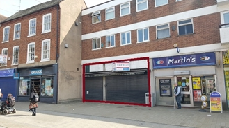 665 SF High Street Shop for Rent  |  98 - 100 High Street, Bromsgrove, B61 8EX