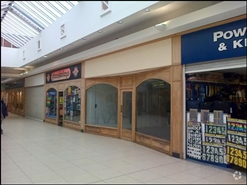 550 SF Shopping Centre Unit for Rent  |  Shires Shopping Centre, Trowbridge, BA14 8AT
