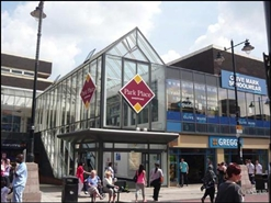 1,318 SF Shopping Centre Unit for Rent  |  Unit 28, Park Place Shopping Centre, Walsall, WS1 1NP