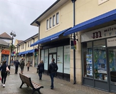 984 SF Shopping Centre Unit for Rent  |  Unit 13, Borough Parade Shopping Centre, Chippenham, SN15 3WL