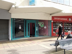 986 SF High Street Shop for Rent  |  5 Broad Walk, Harlow, CM20 1HX