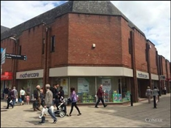 2,555 SF Shopping Centre Unit for Rent  |  Union Street, Bury, BL9 0NY