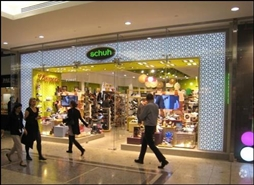 3,244 SF High Street Shop for Rent  |  Jubilee Place Mall, London, E14 5NY