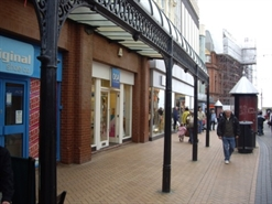 821 SF High Street Shop for Rent  |  24 Victoria Street, Blackpool, FY1 4RW