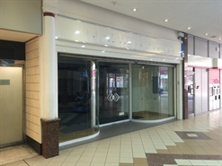 1,405 SF Shopping Centre Unit for Rent  |  9 Adlington Walk, Stockport, SK1 1QW
