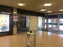 879 SF Shopping Centre Unit for Rent  |  Unit 38D The Swan Centre, Eastleigh, SO50 5SF