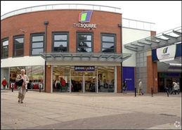 920 SF Shopping Centre Unit for Rent  |  5 Town Square, Sale, M33 7WZ