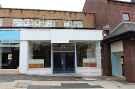 2,500 SF High Street Shop for Rent  |  10 Worcester Street, Kidderminster, DY10 1EA