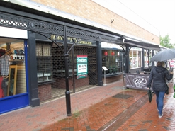 595 SF Shopping Centre Unit for Rent  |  10 Market Walk, Tiverton, EX16 6BL