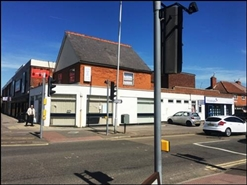 1,426 SF High Street Shop for Rent  |  273 Basingstoke Road, Reading, RG2 0HY