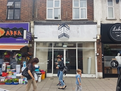 776 SF High Street Shop for Rent  |  106 High Street, Ruislip, HA4 8LS