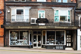 775 SF High Street Shop for Rent  |  68 High Street, Tring, HP23 4AF