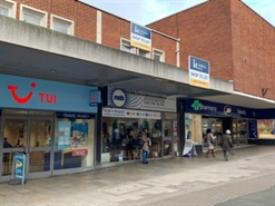 1,052 SF High Street Shop for Rent  |  33 Gold Street, Kettering, NN16 8JB