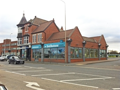 High Street Shop  |  Palace Court, Victoria Street, Grimsby, DN31 1PS