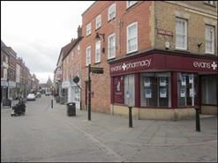 967 SF High Street Shop for Rent  |  12 - 14 Bridge Street, Newark On Trent, NG24 1EE