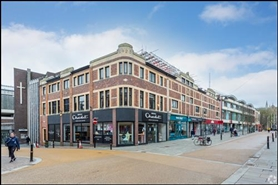 1,140 SF Shopping Centre Unit for Rent  |  Cathedral Square, Worcester, WR1 2LU