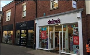 610 SF Shopping Centre Unit for Rent  |  33 Castle Walk, Newcastle Under Lyme, ST5 1AN