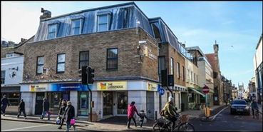 1,363 SF High Street Shop for Rent  |  32 St Andrews Street, Cambridge, CB2 3AR