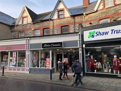 940 SF High Street Shop for Rent  |  50 John Street, Porthcawl, CF36 3BD