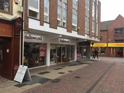 604 SF High Street Shop for Rent  |  26 The Shambles, Worcester, WR1 2RA