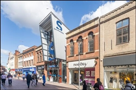 855 SF Shopping Centre Unit for Rent  |  Unit 22, Sailmakers Shopping Centre, Ipswich, IP1 3BB