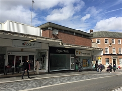 630 SF High Street Shop for Rent  |  108 Taff Street, Pontypridd, CF37 4UY
