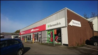 900 SF Out of Town Shop for Rent  |  1083 Stockport Road, Manchester, M19 2RE
