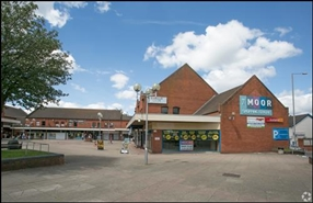1,075 SF Shopping Centre Unit for Rent  |  Unit 13, The Moor Centre, Brierley Hill, DY5 3AH
