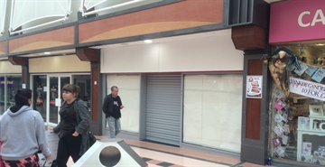 719 SF Shopping Centre Unit for Rent  |  32 Idlewells Shopping Centre, Sutton in Ashfield, NG17 1BP