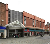 1,400 SF Shopping Centre Unit for Rent  |  Unit 6, Hardshaw Centre, St Helens, WA10 1EB
