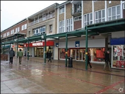 241 SF Shopping Centre Unit for Rent  |  Henley House, Corby, NN17 1NL