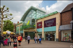 800 SF Shopping Centre Unit for Rent  |  Unit 28 South Mall, Elmsleigh Shopping Centre, Staines, TW18 4QA
