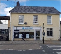 1,361 SF High Street Shop for Rent  |  8 Cawdor Terrace, Newcastle Emlyn, SA38 9AU