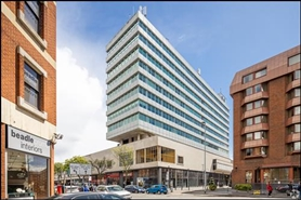 1,404 SF Shopping Centre Unit for Rent  |  Unit 64, Broad Street Mall / Quadrant House, Reading, RG1 7QE