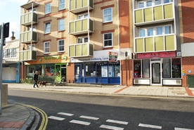 987 SF High Street Shop for Rent  |  100 Palmerston Road, Southsea, PO5 3PT