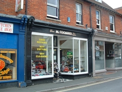 498 SF High Street Shop for Rent  |  28 North Street, Salisbury, SP2 0HJ