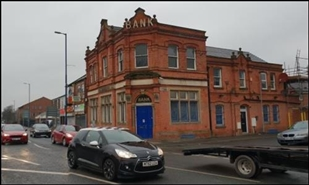 1,405 SF High Street Shop for Rent  |  1051 Oldham Road, Manchester, M40 2EH