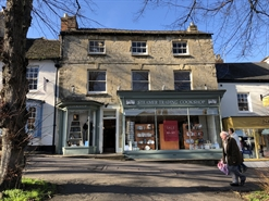 1,982 SF High Street Shop for Rent  |  10 Market Square, Witney, OX28 6BB