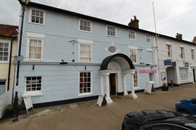 2,200 SF High Street Shop for Rent  |  152 High Street, Aldeburgh, IP15 5AQ