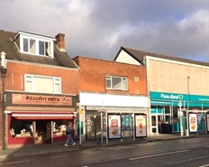 1,001 SF High Street Shop for Rent  |  243 Portswood Road, Portswood, Southampton, SO17 2NG