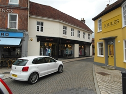 603 SF High Street Shop for Rent  |  19 The Square, Petersfield, GU32 3HR