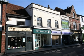 524 SF High Street Shop for Rent  |  27 Catherine Street, Salisbury, SP1 2DQ