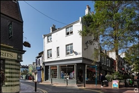 498 SF High Street Shop for Rent  |  7 Duke, Brighton, BN1 1AH