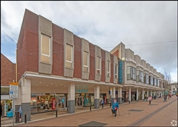 1,435 SF Shopping Centre Unit for Rent  |  Unit 2, Four Seasons Shopping Centre, Mansfield, NG18 1SN