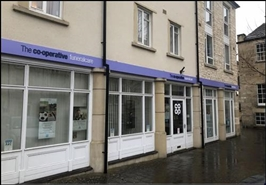 1,173 SF High Street Shop for Rent  |  2 Kingston Square, Bradford On Avon, BA15 1FH