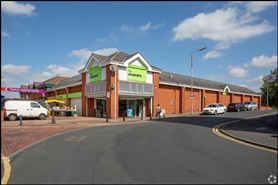 1,138 SF Shopping Centre Unit for Rent  |  Unit 15, Tipton Shopping Centre, Tipton, DY4 8QL