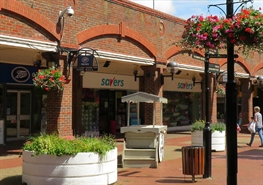 Shopping Centre Unit for Rent  |  Park Mall Shopping Centre, Ashford, TN24 8RY