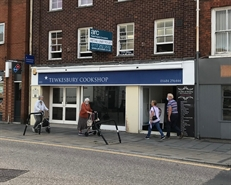 1,379 SF High Street Shop for Rent  |  103 High Street, Tewkesbury, GL20 5JZ