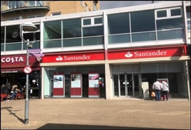 2,119 SF Shopping Centre Unit for Rent  |  32-34, The Centre, Feltham, TW13 4AU