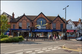 600 SF Shopping Centre Unit for Rent  |  Church Walk Shopping Centre, Caterham, CR3 6RT